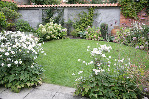 Have i Rønne efter haveplan af Frank Kirkegaard