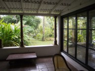 bevis bawa house and garden
